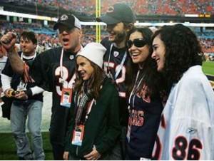 Ashton Kutcher Demi Moore-ral és családjával
