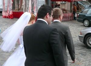 házasság esküvő