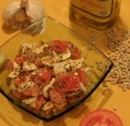 Gasztro ötletek mozaikszülőknek- Mozzarella saláta